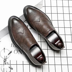 Image 5 - 2020 chaussures habillées pour hommes faites à la main Style richelieu Paty cuir chaussures de mariage en cuir chaussures formelles Oxfords