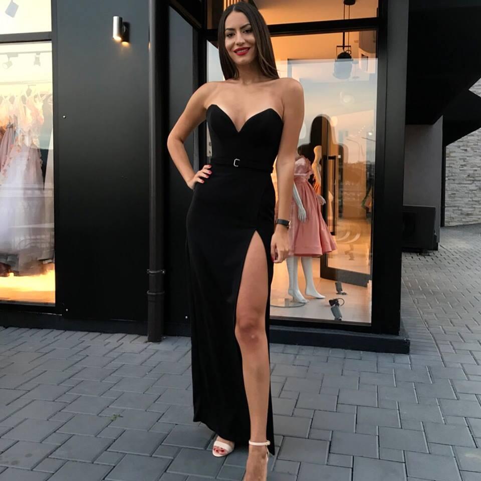 Sexy Sreapless Long   Prom     Dresses   2019 Black V-Neck   Prom   Gowns Custom Make Backless Slit Party   Dress   with belt Vestidos De Gala