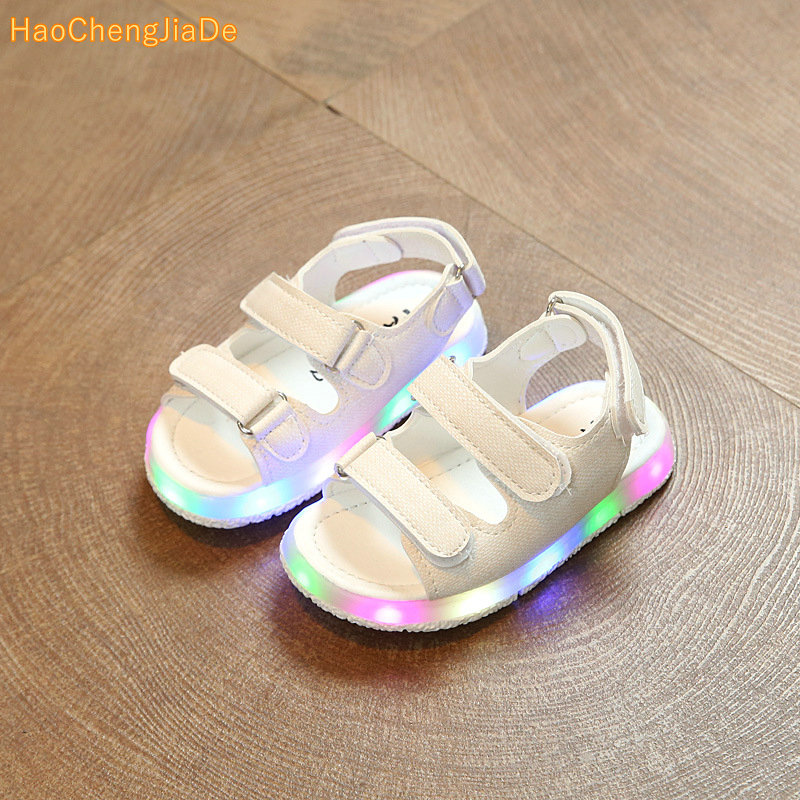 boys girls sandals with LED light 2018 new kids shoes Summer children pu sport Beach shoes boys girls sandals with LED light 2018 new kids shoes Summer children pu sport Beach shoes