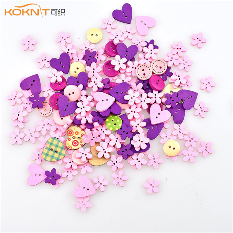 Souarts 50//100 PCS Wooden Buttons 2 Holes Button Handmade Button with Heart Pattern for DIY Crafts Sewing Decorations