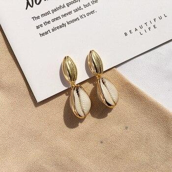 dc0e4e56a037 Encantador oro Concha PNG pendientes de la joyería de moda de las mujeres de  oro natural gota pendientes para los niños regalos de novia de la boda