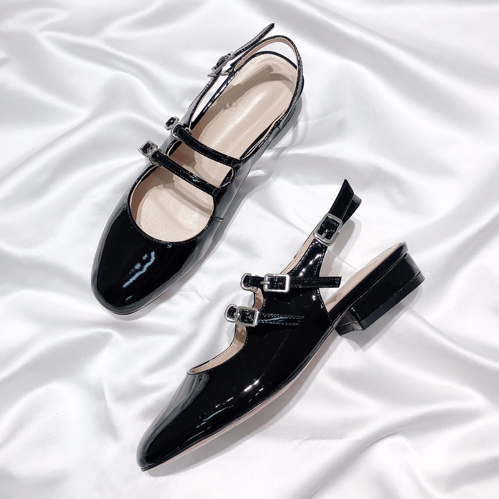 Fashion women 39 s patent leather sandals Chic buckle strap Gladiator Shoes Women flat shoes EU35 40 size BY677 in Low Heels from Shoes