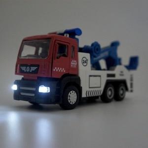 Image 4 - Legering Tow Truck Set #5009 1 (1 Truck Plus 1 Kleinere Auto) gegoten Auto Hoofd Autolichten & Geluid Functie Speelgoed