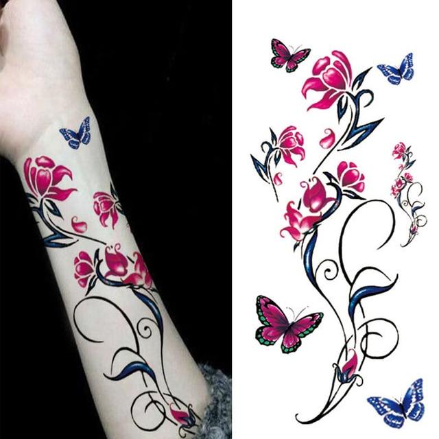 Tatouage papillon femme beautiful tatouage papillon sur - Tatouage papillon epaule ...