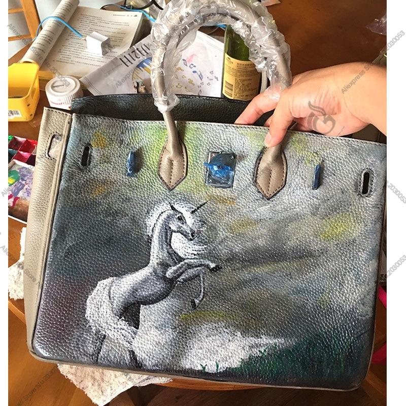 VENDITA Disegnare A Mano Personalizzare Borse borse In Vera Pelle borse per le donne 2018 di Disegno di Marca cavallo BiancoVENDITA Disegnare A Mano Personalizzare Borse borse In Vera Pelle borse per le donne 2018 di Disegno di Marca cavallo Bianco