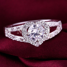 2019 Exquisite Silver Heart-shaped Wedding Rings zircon Ring For Women Bijoux Anel Femme Engagement Ring Statement Jewelry Gift