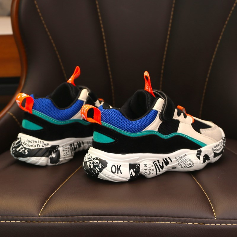 Image 5 - 2019 Winter Kids Sports Shoes Children Casual Boys Patchwork Sneaker Fashion Autumn Graffiti Girls Student Boots Anti Slippery-in Sneakers from Mother & Kids