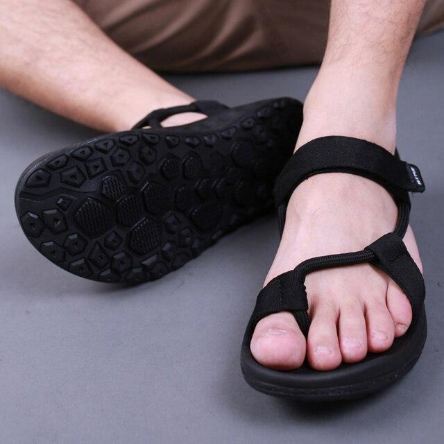 Męskie sandały 2018 mężczyźni czarny plaża sandały wysokiej jakości Unisex płaskie letnie buty sandalias para hombre rozmiar 45 46