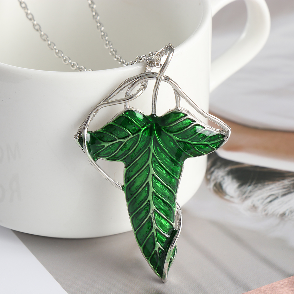 2019 Trendy The Hobbit Vintage Elf Green leaf necklace pendant Pin Necklace wholesale Chain Necklace Jewelry Women Gifts Bijoux