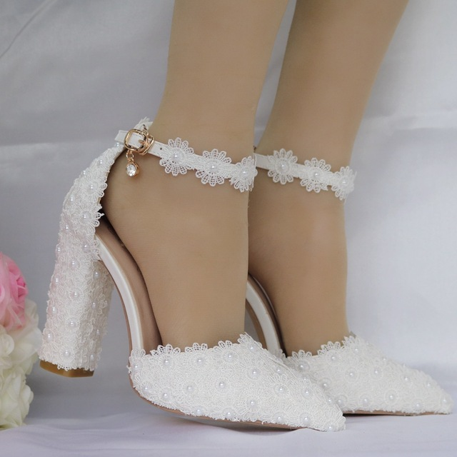 White lace pointed women's wedding shoes female thick flower high heels shoe shallow mouth Buckle Bride shoes plus size 40 41