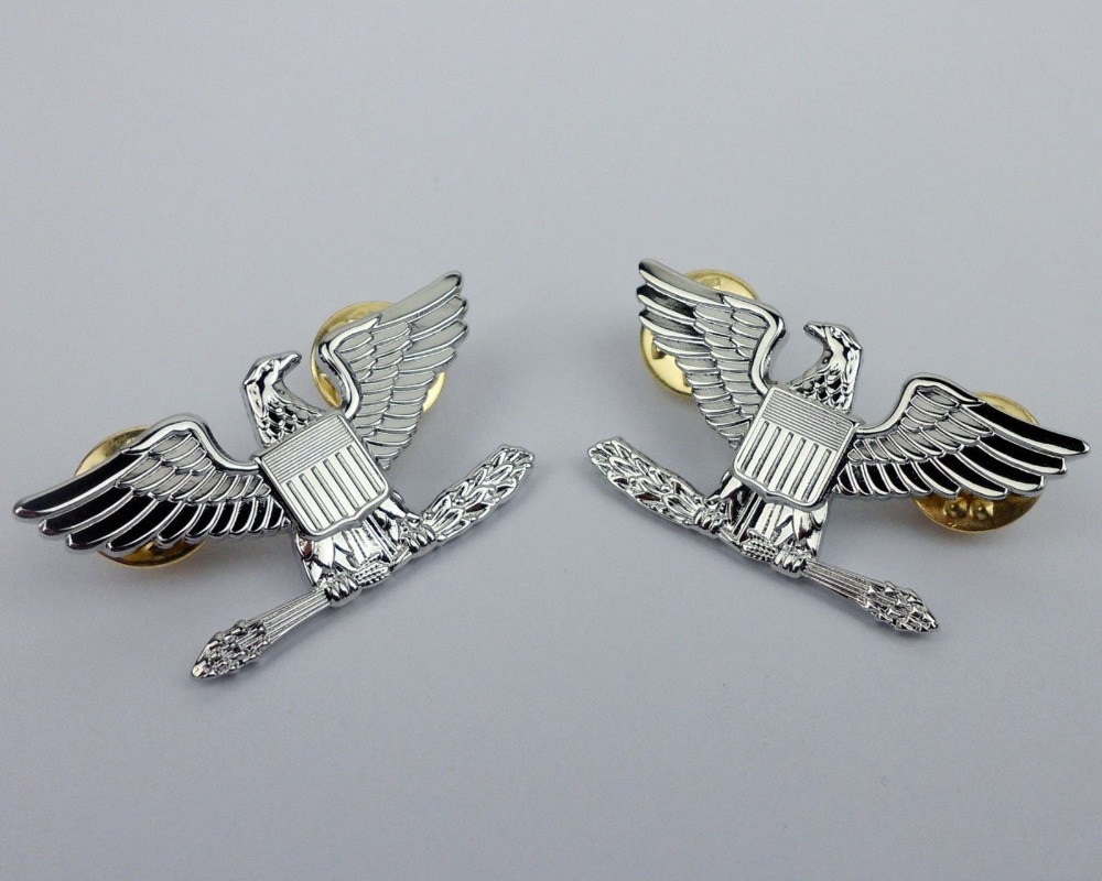 PAIR US ARMY GENERAL OFFICER UNIFORM SHOULDER EAGLE BADGE PIN INSIGNIA GOLD