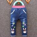 O envio gratuito de 2017 primavera novo estilo de moda dos desenhos animados caráter crianças do miúdo do bebê da menina do menino calças jeans