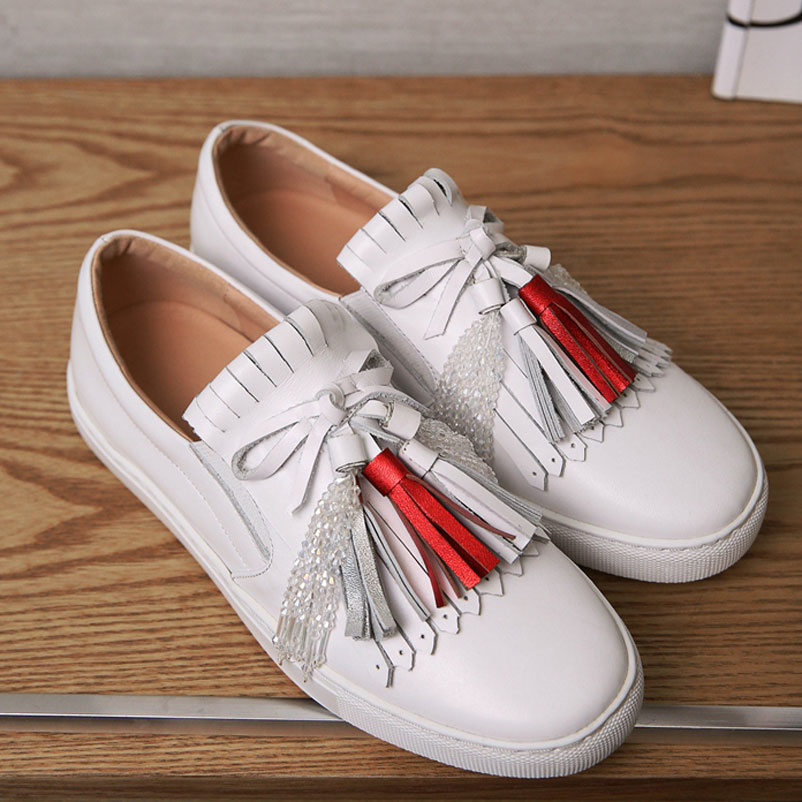 ФОТО Loafers Shoes Woman 2017 Genuine Leather Tassels Footwear Casual Ladies Shoes Fashion brand Women Luxury Designer Flat Shoes