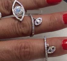 Серебряное кольцо с микро инкрустацией из кубического циркония