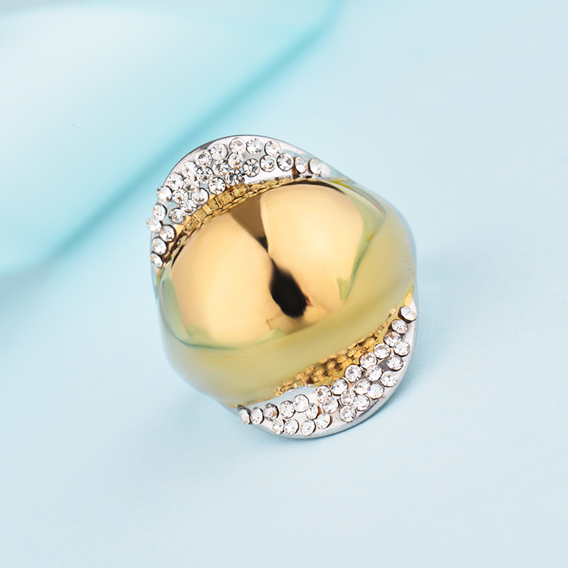 9d32c80de خمر الأزياء والمجوهرات الدائري للنساء تمهيد الأبيض خاتم كريستال كبيرة  للنساء هندسية المقاوم للصدأ فضة المرأة خاتم