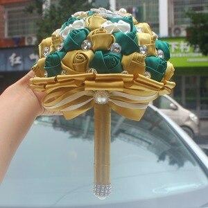 Image 5 - WifeLai золотой с изумрудами зеленая искусственная Роза невеста букет с бриллиантами свадебный букет с лентами украшения цветы W2913