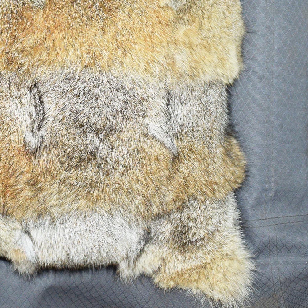 coyote fur cushion 5