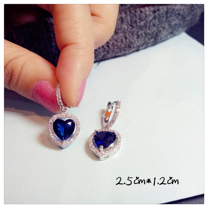 Fashionable hot blue crystal jewelry