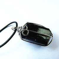 1pcs Natural Black Tourmaline Ore Energy Chakra Pendant Gems Stone Crystal Healing Christmas Gift Steering Black