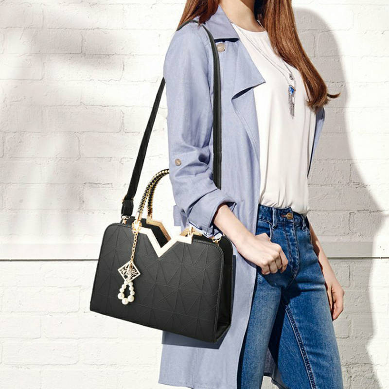 ae65a882180 Bag Woman Famous Luxury Brands Pearl Metal Ornaments Design Fashion Female  Shoulder Bags Casual ...