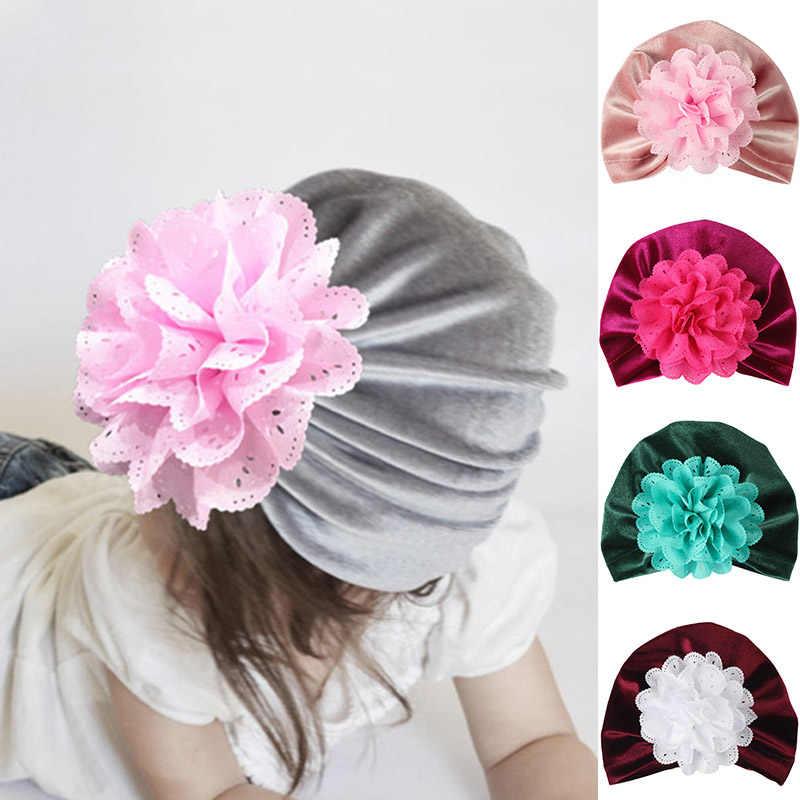ดอกไม้น่ารักเด็กกำมะหยี่หมวกหมวก Turban สำหรับทารกแรกเกิดทารกหมวกหมวก Beanie หมวกฤดูหนาวสำหรับเด็ก bonnet enfant การถ่ายภาพ props