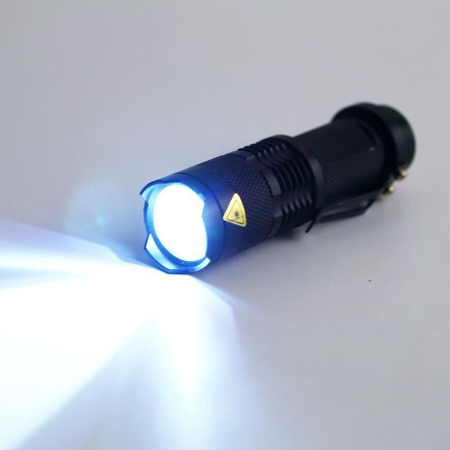 Mini LED Flashlight ZOOM 7W CREE 2000LM Waterproof Lanterna LED 3 Modes Zoomable Torch 3.7V AA 14500 battery Flashlight led