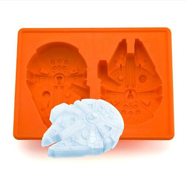 Star Wars Millennium Falcon Silicone Ice Cube Tray Chocolate Mold Kitchen Accessories
