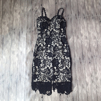 2018 Fashion Designer White/ Balck Party dress Women Sexy Sleeveless Lace Crochet Hollow Out Slim Spaghetti Strap Bodycon Dress