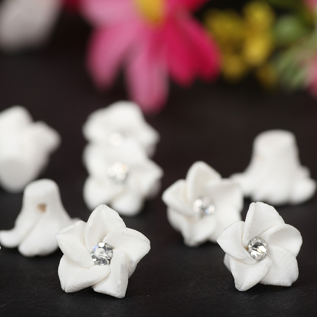 d3a4d5725 30pc lot 10mm Polymer Clay Fimo Small White Flower Beads Making Wedding  Bridal Veil Earring Nail Art Decoration Things Accessory
