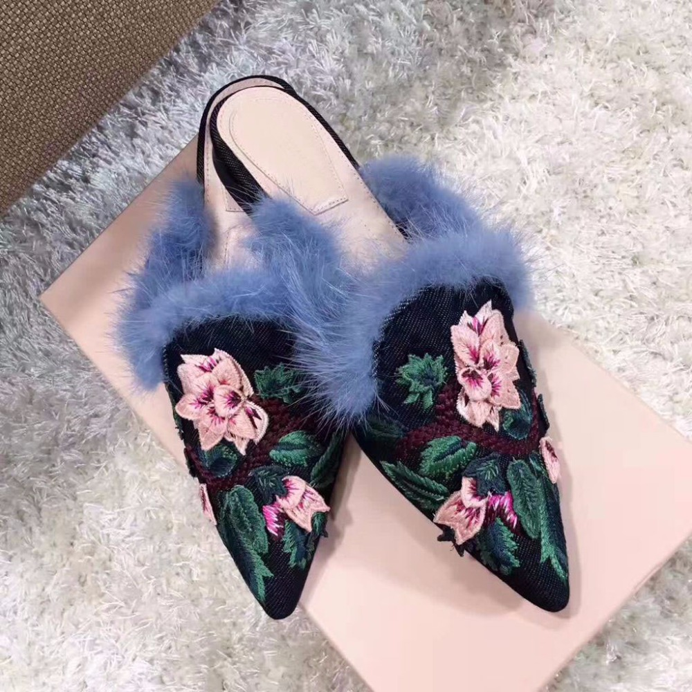 Spring summer retro chic Women Slippers Cloth Embroider Shoes flat Heels Shoes Women Pointed Toe Slip On lazy fur slippers mules sorbern nude flat heel pointed toe women shoes rivets slip on spring shoes for women 2017 women flat shoes custom soulier femme