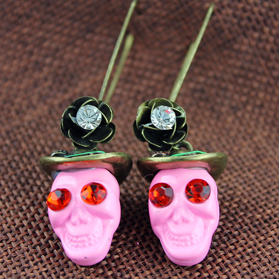 Free shipping 2015 The green font b hat b font pink skull earrings The new popular