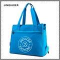Jinqiaoer mujeres bolsas de mensajero bolso de hombro de nylon impermeable del bolso de gran capacidad de asas casual bolso crossbody de moda para dama