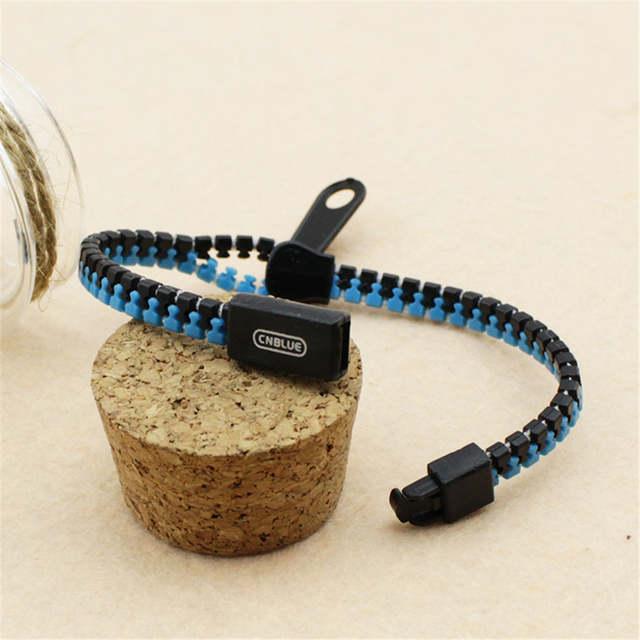 Wholesale k-pop C N BLUE CNBLUE Code Name BLUE Jung Yong Hwa Personality  Zipper Bracelet For Women / Men's Hand Catenary P0321