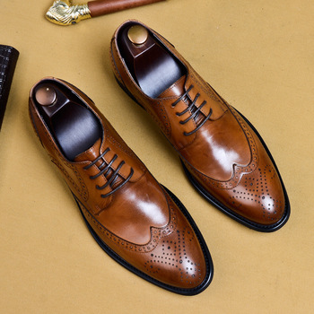 New 2019 Summer Business Formal Dress Shoes Oxford Men Leather Shoes British Style Lace Up Pointed Toe Carved Low Top Flats
