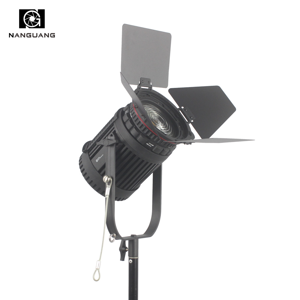 100W LED Focusable Fresnel Spotlight Dimmable with 2.4G Wireless Dimming DMX512 Control