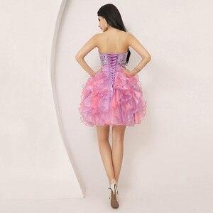 Image 2 - Renkli Ruffles Mini mezuniyet elbiseleri kabarık boncuk yay sevimli kristal sevgiliye resmi mezuniyet parti kıyafeti organze SD131