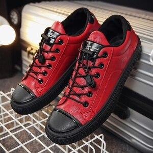 Image 1 - YTracyGold/Модная Мужская Повседневная обувь; кроссовки из искусственной кожи; Мужская Вулканизированная обувь на плоской подошве; Уличная обувь; Zapatos De Hombre; Цвет Черный; Zapatillas