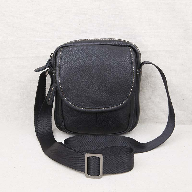 AETOO Leather mens shoulder bag Messenger mini bag head layer leather casual mens youth small bagAETOO Leather mens shoulder bag Messenger mini bag head layer leather casual mens youth small bag