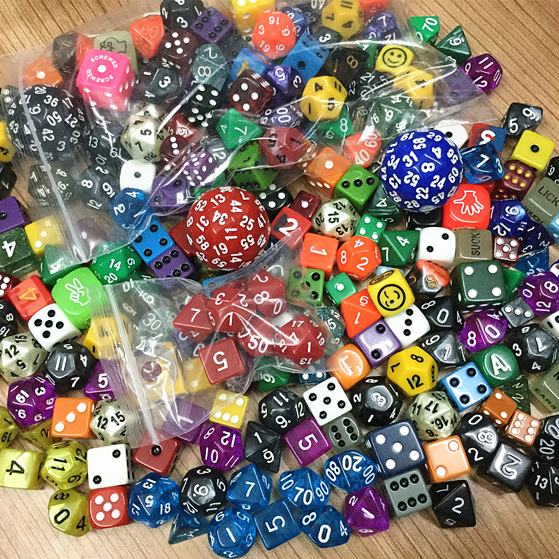 High Quality Colourful Casino Polyhedral Dice Set, Mixing Random Colours Styles Sizes 100pcs Plastic