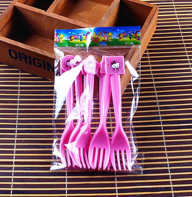 Hello Kitty Style Knives/Forks/Spoons