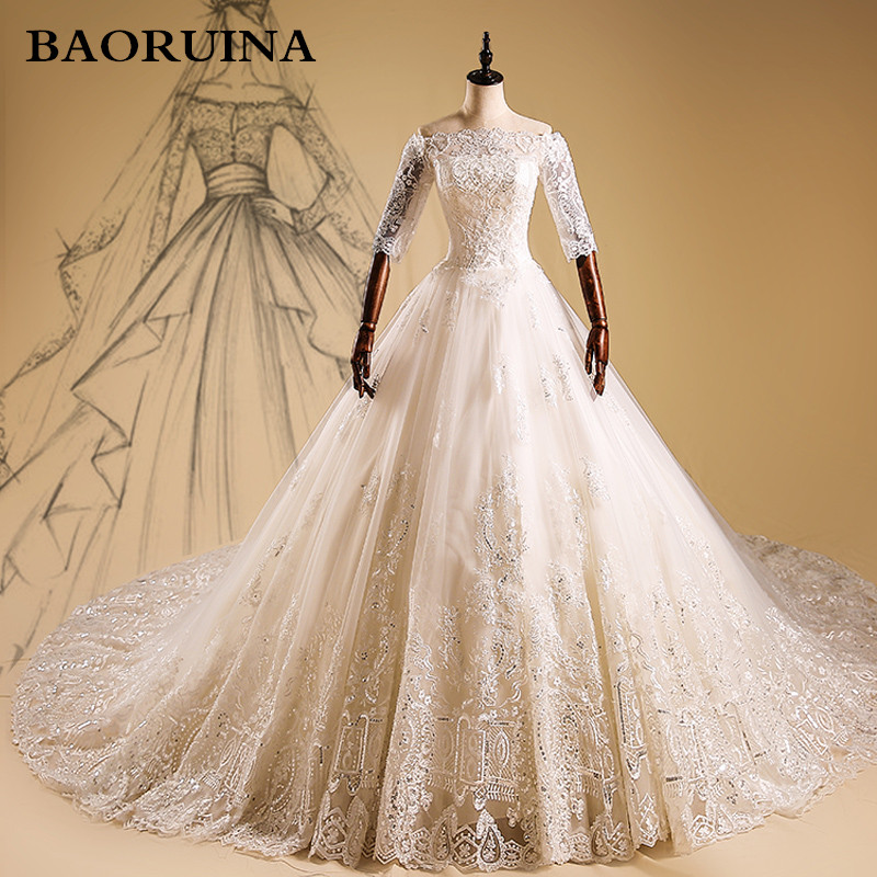 Discount Long Sleeve Lace Wedding Dresses 2017 New Simple: New Designer Luxury Boat Neck Long Sleeve Lace A Line
