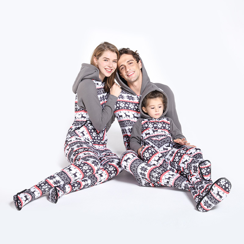 PatPat Parent-child Winter New Plus Velvet Pajamas Comfortable Snowflake Plush Color Christmas Pajamas Hooded With Feet