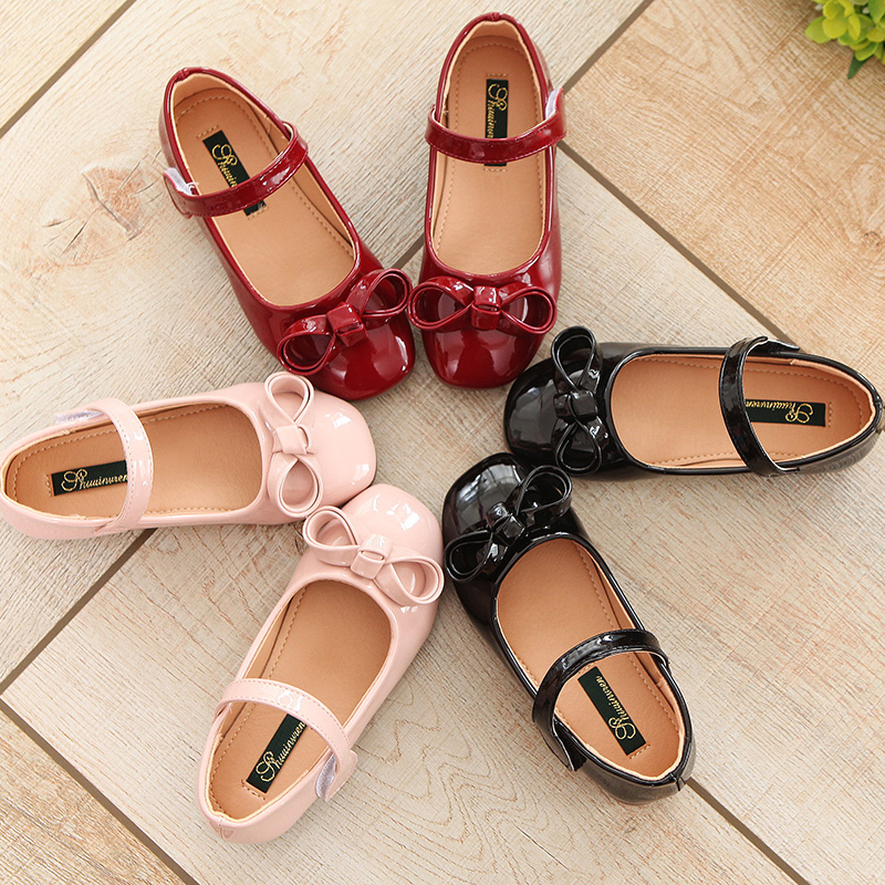 bow performance princess dance leather shoes 2018 newspring flat girls single shoes Korean bright Pu childrens Peas shoes