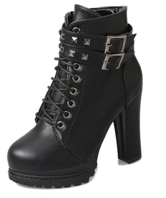 Новинка; осенне-зимняя обувь в Корейском стиле с заклепками; обувь в британском стиле; ботинки на высоком каблуке с тяжелой шнуровкой; Ботинки martin