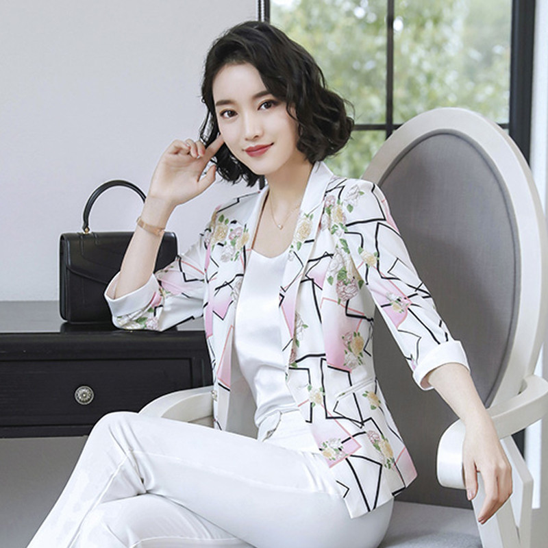 Small Suit Jacket Women's Leisure New Korean Version Of The Temperament Slim Retro Short Suit Trend