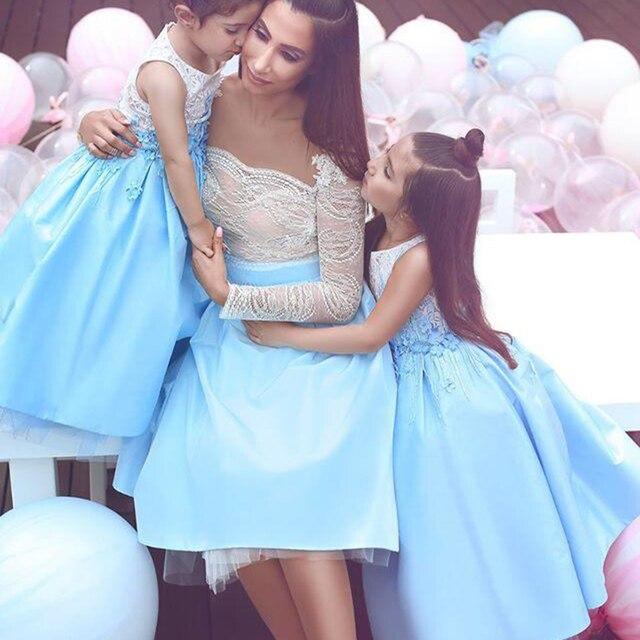 Robe de cocktail Mutter und Tochter Kleid Kurze Brautkleider mit ...