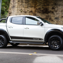 free shipping 2 PC side door personality TRITON styling graphic vinyl for mitsubishi l200 triton 2006-2015