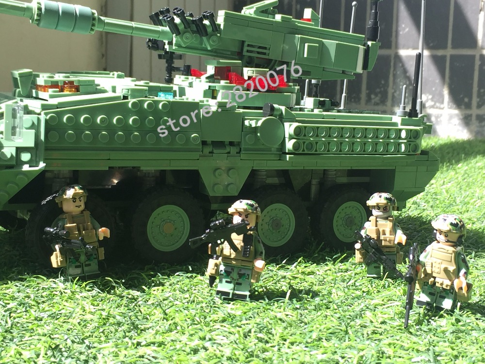 Stryker M1128 Armored Vehicle 3in1 w// Figures Compatible Building Bricks