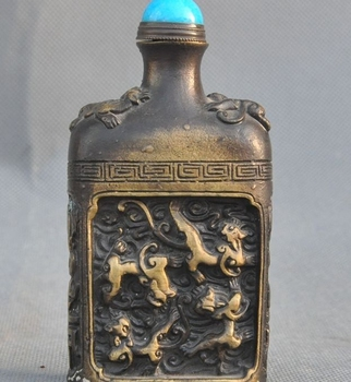 Marked Old Chinese Bronze copper Fengshui Dragon Beast Bat Statue snuff bottle