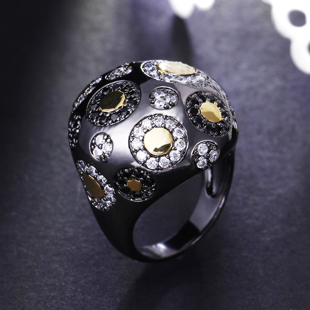Big Hyperbole Unique Design Black and Gold-color Dots Cubic Zirconia Stone Luxury Color Ring for Cocktail Party Wedding ring casual women s satchel with color block and dots pattern design